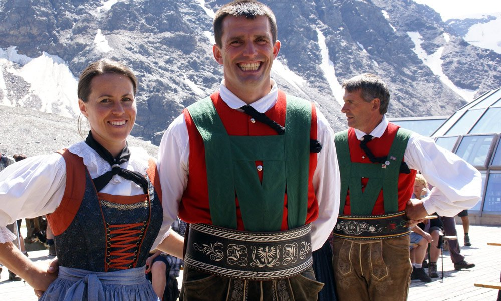 Farmers Manuela and Florian are longtime members of the folk dance group Prad